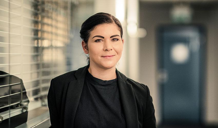 B2B WERBEAGENTUR – Teamfoto Susanne Laroche Geschäftsführung Projektmanagement